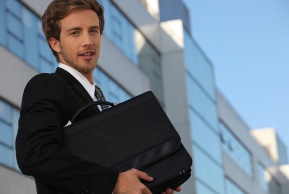 Ventajas Fiscales de Invertir en Panamá, Asistencia en la compra y venta de propiedades